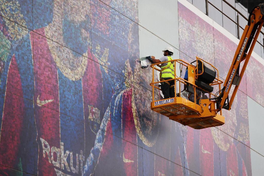Barcelona, Nou Camptan Messi fotoğraflarını kaldırıyor