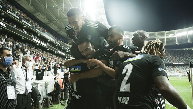 Beşiktaş açılış maçını farklı kazandı