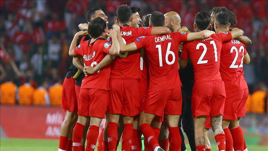 Türkiye FIFA sıralamasında 10 sıra düştü